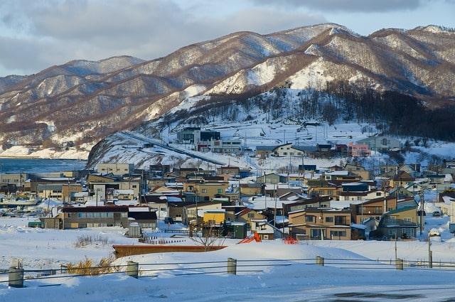 Hokkaido täckt med snö under vintern.