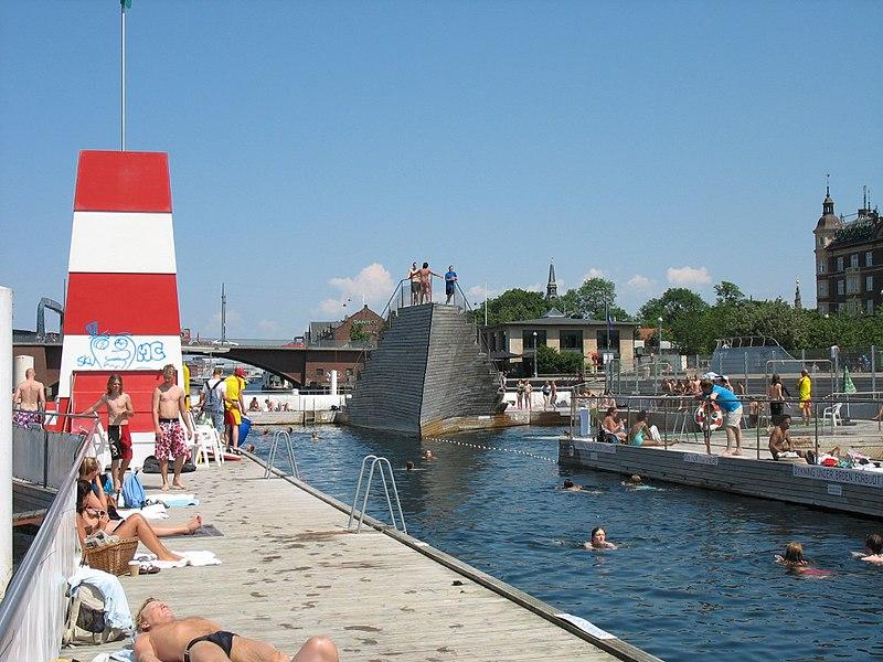 Havnebadet på Islands Brygge i Köpenhamn.