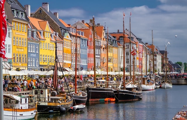Nyhavn i Köpenhamn.