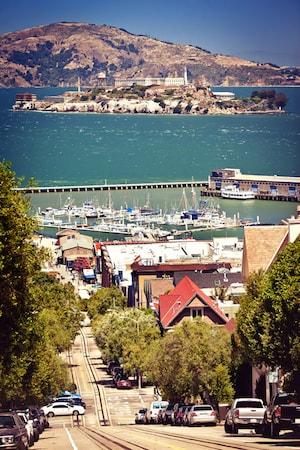 Gator i San Francisco och fängelset Alcatraz